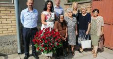 НАСЛОВНАдочекала госте на 100 рођендан
